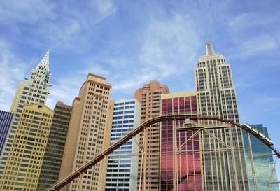 STRIP TIPS: TWIST WITH A VIEW | Las Vegas Review-Journal