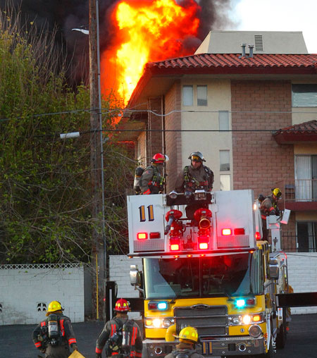 apartment-fire-122309