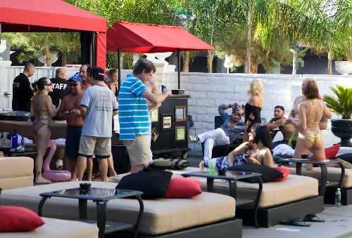 Artisan dives into the local pool party scene las vegas for Pool and patio show las vegas