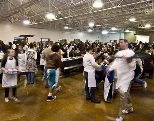 It's feast and famine at charities | Las Vegas Review-Journal