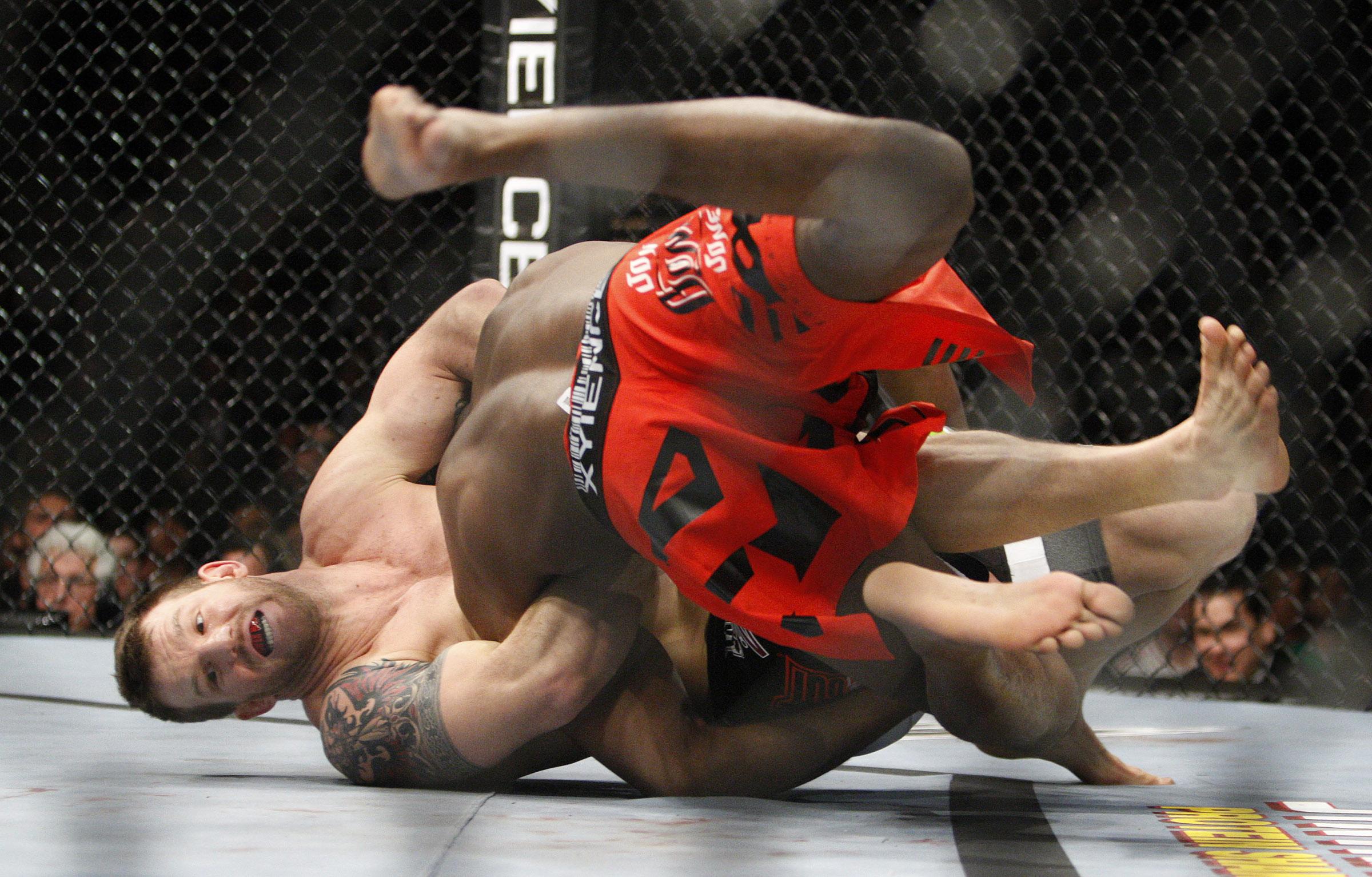 ufc-jones-wrestle1-020511