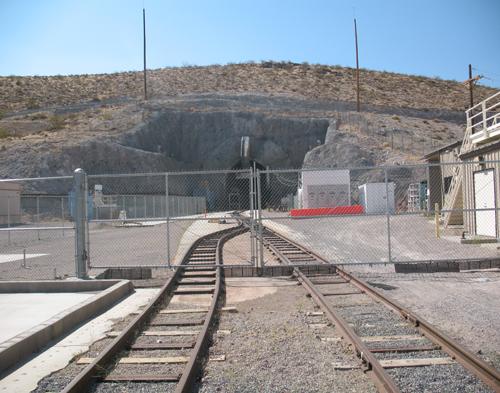 yucca_mtn_tunnel