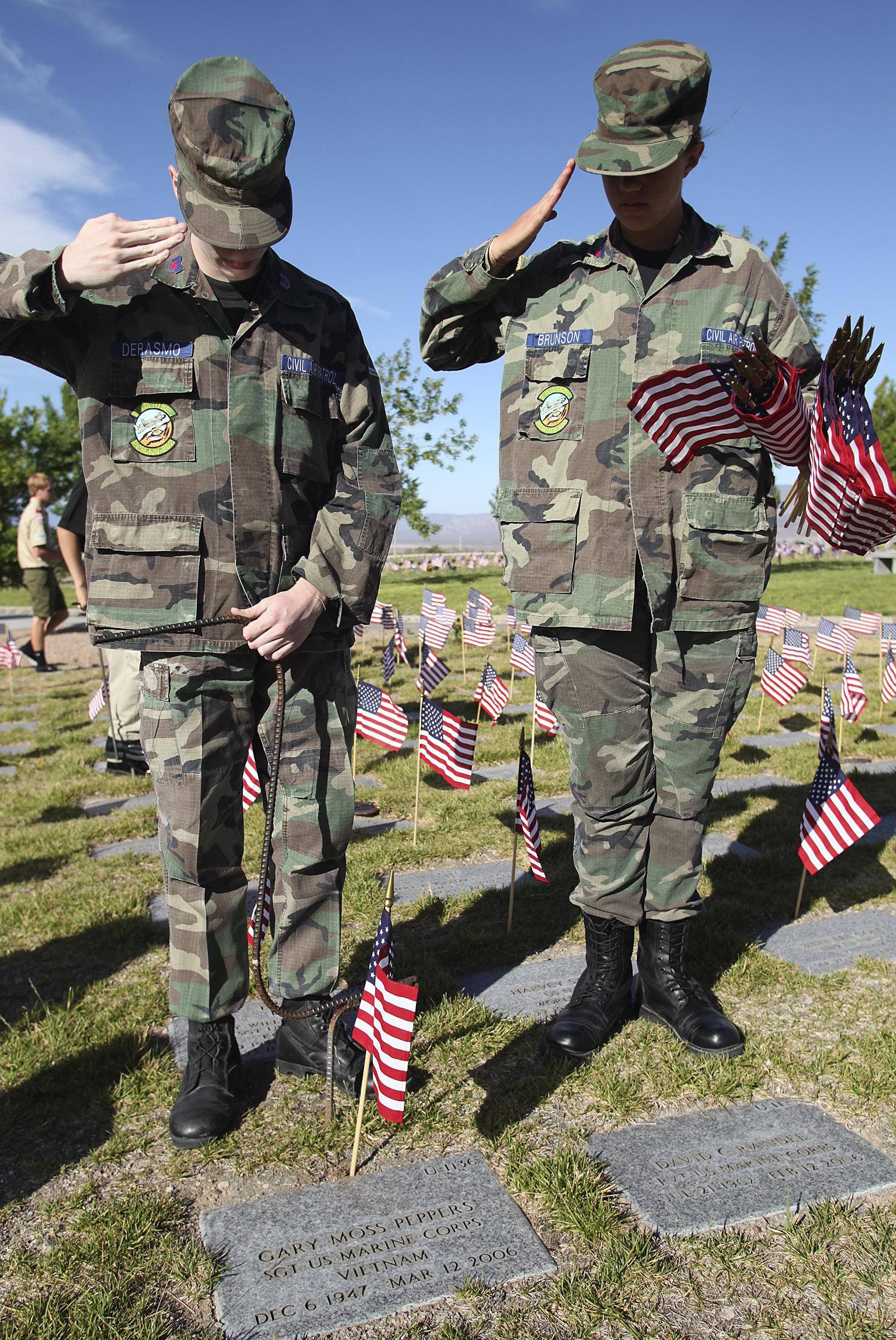memorial flags10