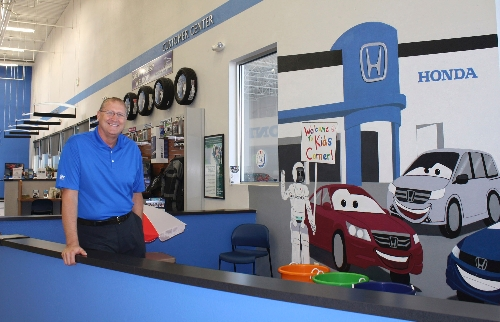 Findlay Honda Henderson Keeps Motorists Rolling. 5994217 0 4