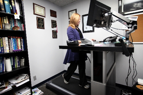 Lovely Treadmill Desks May Help Get Office Workers Moving U2013 Las Vegas  Review Journal