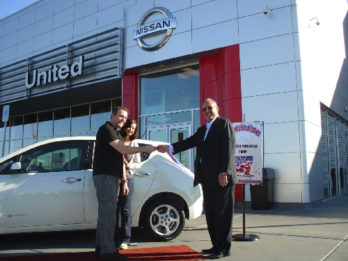 United Nissan Las Vegas >> United Nissan Delivers Its First Leaf All Electric Vehicle
