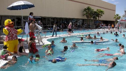 Lessons prepare toddlers kids for swim season las vegas - Public swimming pools north las vegas ...