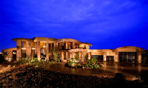 New sahara boss sets up in las vegas with mansion las for Mansions for sale las vegas