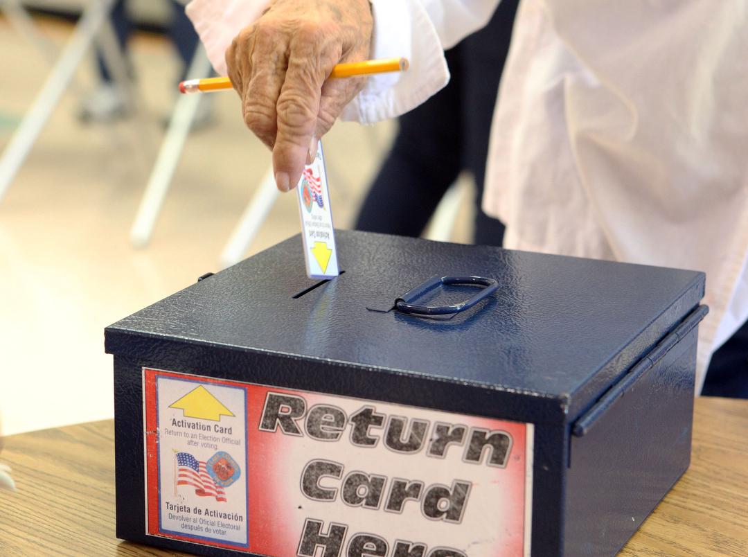 VOTE2012_008
