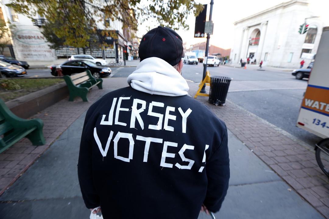VOTE2012_026