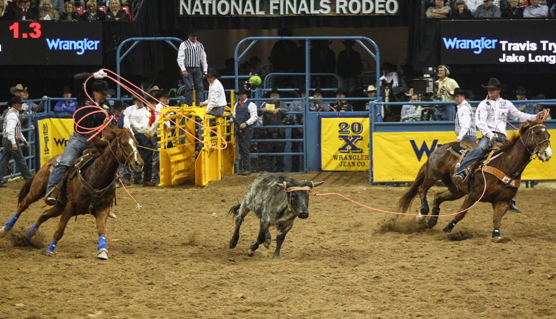 Team Roping At The Second Round Of The Nfr Las Vegas