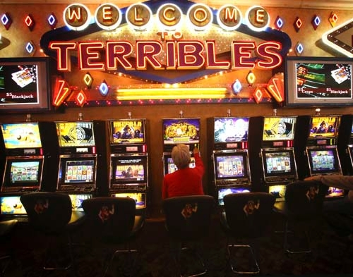 Terribles casino and hotel half life 2 pc games