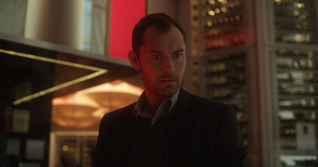 "Jude Law plays Jonathan Banks, a sympathetic psychiatrist in the Steven Soderbergh-directed ""Side Effects,"" a sophisticated, adult thriller."