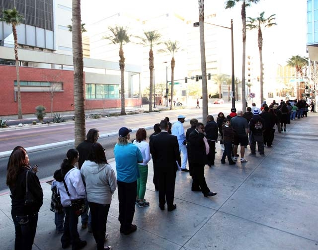 A line of people waiting to gain entrance to the Regional Justice Center stretches along South Casino Center Boulevard in Las Vegas on Jan. 22. This past week the south gate entrance on Clark Stre ...