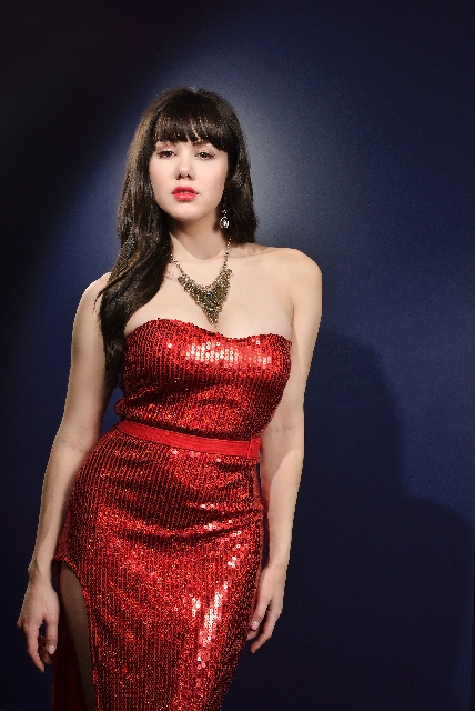 """Former Playmate of the Year Claire Sinclair says """"Pin Up,"""" the new song-and-dance show she's headlining at the Stratosphere, suits her soul. She loves not only the retro, classic ..."""