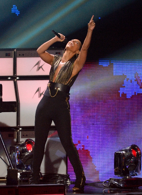 "Alicia Keys performs at the MTV Video Music Awards in September in Los Angeles. The ""Girl on Fire"" performs at 8 p.m. today at Mandalay Bay Events Center."