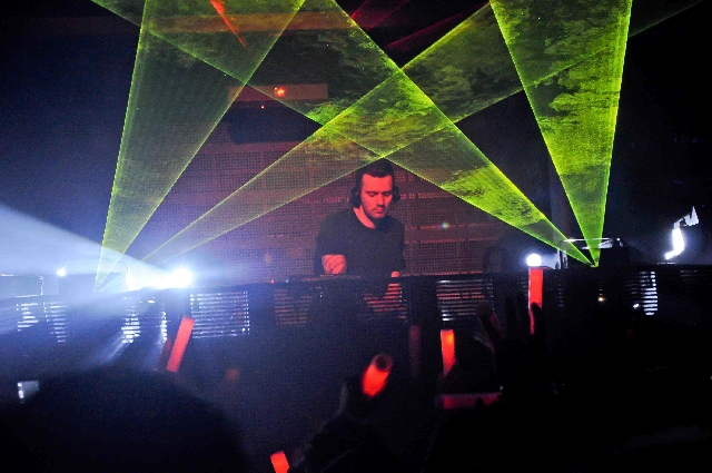 Dirty South, above, spins tonight at XS, where AN21 is scheduled to perform Saturday.