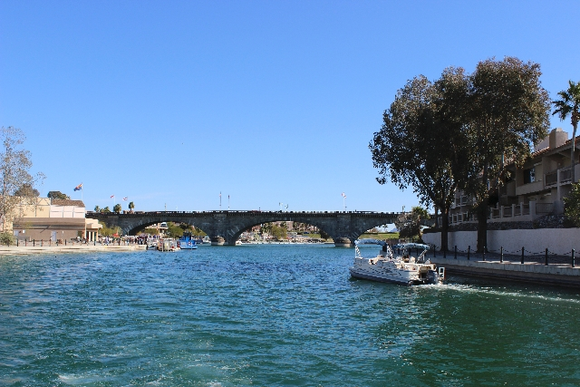 The London Bridge is the second-largest tourist attraction in Arizona, following the Grand Canyon.