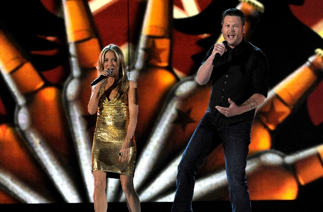Sheryl Crow and Blake Shelton sing at the 48th annual Academy of Country Music Awards at the MGM Grand Garden.