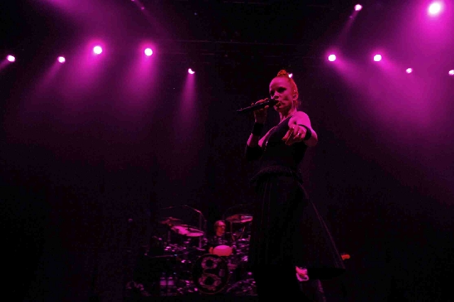 Garbage rocked the Palms' Pearl on Friday.