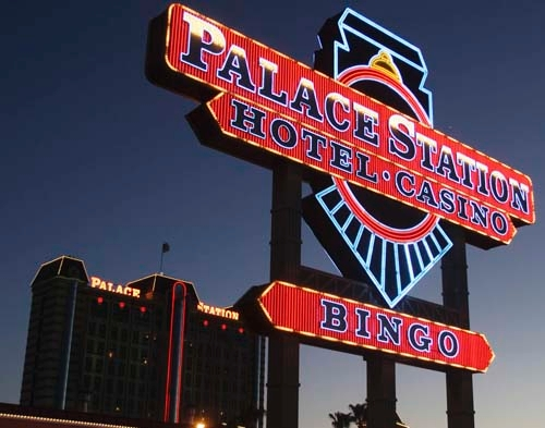 Station Casinos recorded a net loss of $142.1 million for the quarter that ended March 31, the company said Tuesday.