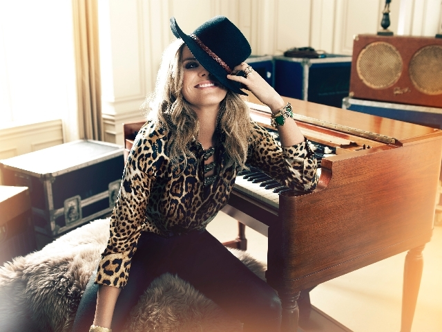 Grace Potter & the Nocturnals bring their rootsy, homespun rock 'n' roll to Mandalay Bay Beach on Saturday.