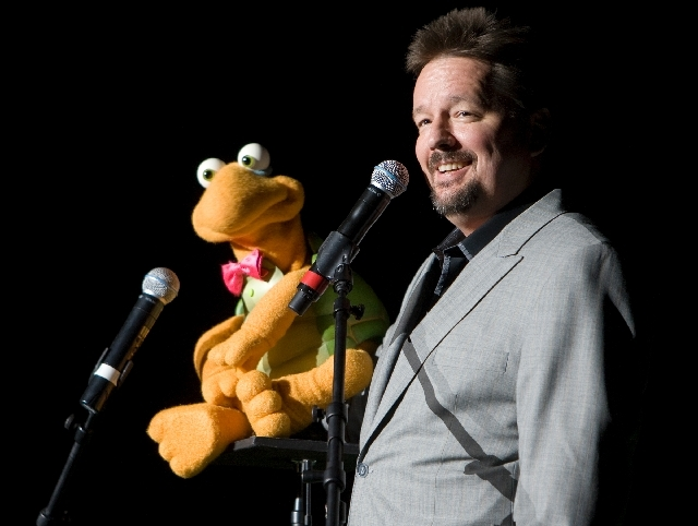 Terry Fator.
