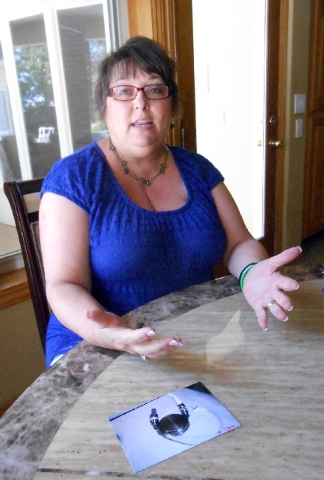 Becky Mintz talks about having an LVAD (left ventricular assist device) implanted into her torso. It was made of five pounds of titanium and hooked up to a machine that kept her blood circulating.