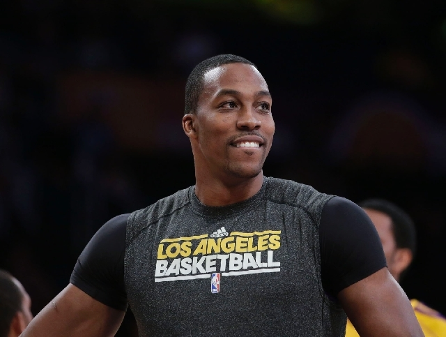 Dwight Howard: Decisions, decisions
