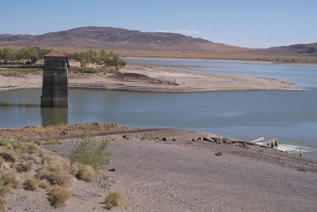 The Nevada Division of State Parks announces that both Lahontan launch ramps at the state recreation area near Fallon are closed because of low water levels.