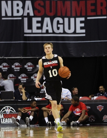 Milwaukee's Nate Wolters (10) brings the ball up the court against the Los Angeles Lakers during the NBA Summer League at the Thomas & Mack Center in Las Vegas on Thursday.