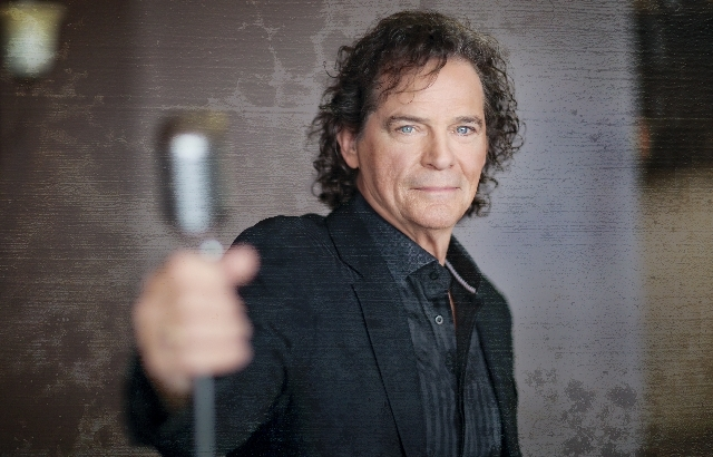 B.J. Thomas, a headliner since the 1960s, will be singing this weekend at the Suncoast.