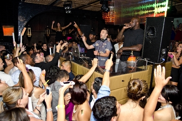 Shaq tried his musical skills again, this time in the DJ booth at Palazzo's club Lavo last Friday night.