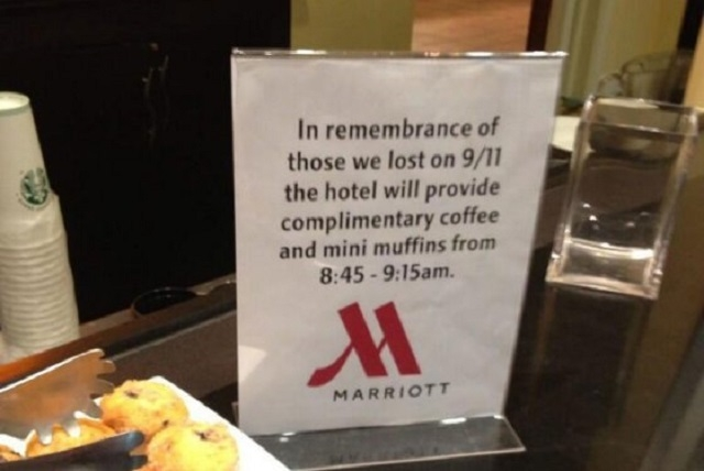 A sign posted in the lobby of a Marriott hotel on Sept. 11, 2013. (@electrica/Twitter)