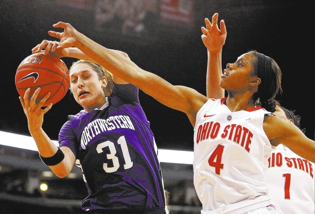 Terry Gilliam/THE ASSOCIATED PRESS Jerry Tarkanian's granddaughter, Dannielle Lois Diamant, shown playing for Northwestern in January 2012, is grieving after the death of the general manager ...