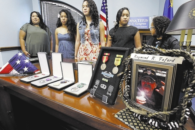 K.M. Cannon/Las Vegas Review-Journal Relatives of the late Army Sgt. Raymond Fafard await an awards ceremony Tuesday honoring him in Las Vegas. Family members, from left, are daughter Audria Ferna ...