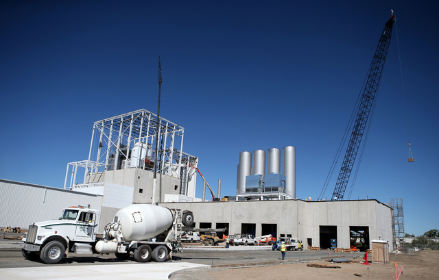 Crews work on the $85 million Dairy Farmers of America milk production plant under construction in Fallon, Nev., on Thursday, Sept. 19, 2013. (Cathleen Allison/Las Vegas Review-Journal)