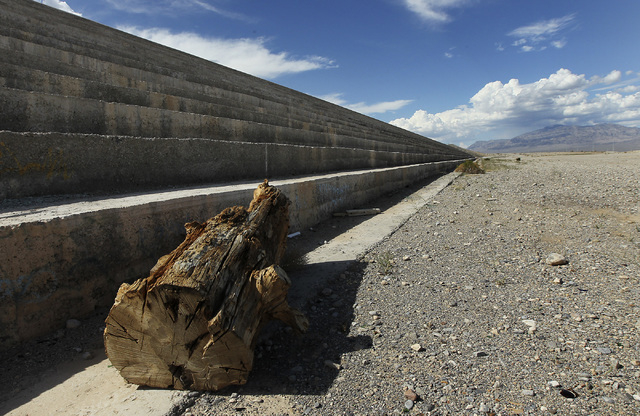 A giant log sits below the Kyle Canyon detention basin in Las Vegas on Sept. 4, 2013. (Jason Bean/Las Vegas Review-Journal)