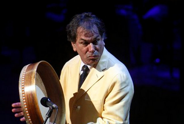 This Sept. 9, 2009 file photo shows Mickey Hart of the Grateful Dead performing at a memorial service for the late CBS News anchorman Walter Cronkite at the Lincoln Center in New York.  (AP Photo/ ...