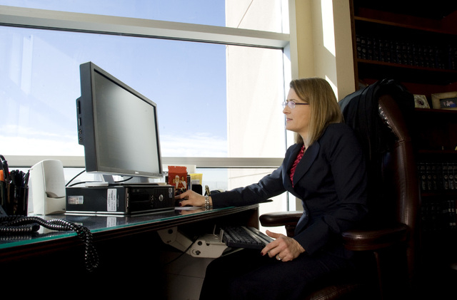 Clark County Chief District Judge Jennifer Togliatti works in her chambers at the Regional Justice Center. (CRAIG L. MORAN/LAS VEGAS REVIEW-JOURNAL FILE PHOTO)