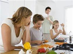 Three easy tips for cooking with kids