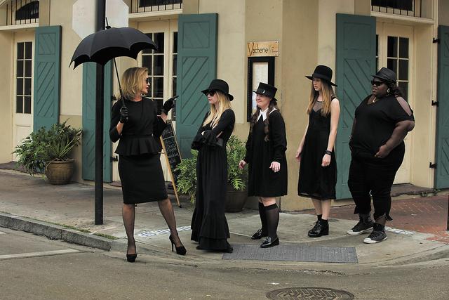AMERICAN HORROR STORY: COVEN - (L-R): Jessica Lange as Fiona, Emma Roberts as Madison, Jamie Brewer as Nan, Taissa Farmiga as Zoe, Gabourey Sidibe as Queenie -- CR. Michele K. Short/FX