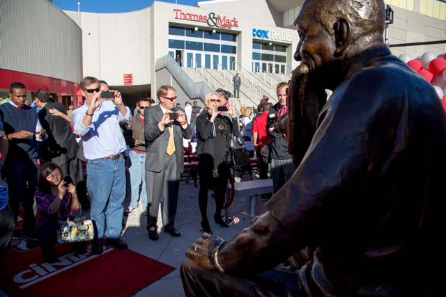 Fans line up to take pictures after the unveiling of the Jerry Tarkanian statue at UNLV's Thomas & Mack Center outdoor plaza on Wednesday Oct. 30, 2013. (Alex Federowicz/Las Vegas Review-Journal)
