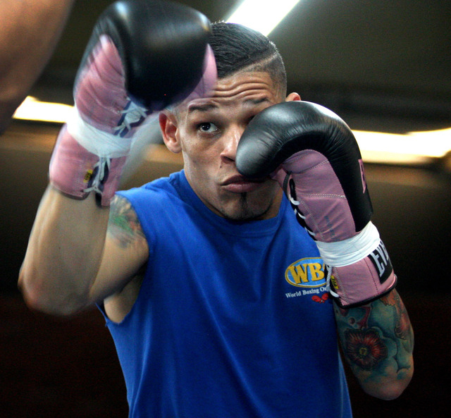 Featherweight boxer Orlando Cruz works out at Top Rank Gym in Las Vegas on Monday, preparing for a world title bout Saturday at the Thomas & Mack Center.  (Jessica Ebelhar/Las Vegas Review-Journal)