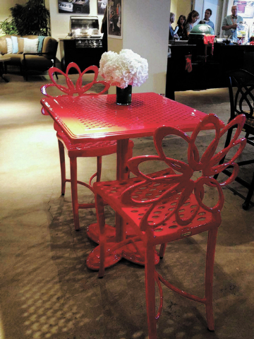 Gensun offers casual and coloful bistro sets with its Lotus collection. The chairs and tables are available in ruby, emerald and sapphire.