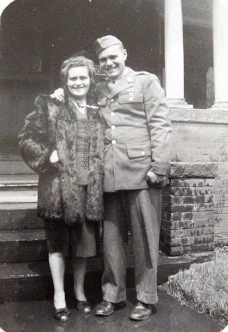 World War II veteran Ed Turken is with his mother, Rose, in Denver in 1944. (Courtesy/Ed Turken)