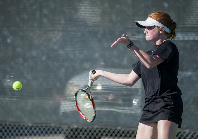 Faith Lutheran's Madison Foley returns a shot in the NIAA Division I-A girls singles championship match. (Martin S. Fuentes/Las Vegas Review-Journal)