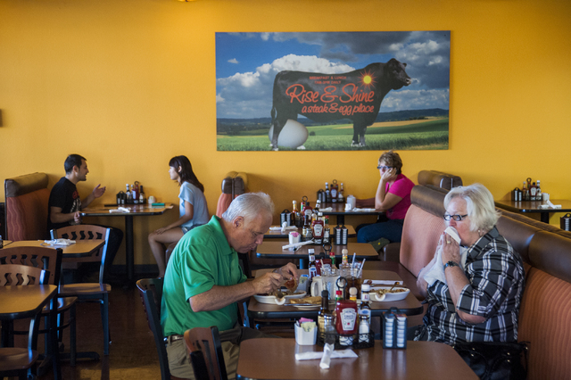 Customers have breakfast at Rise & Shine, a Steak and Egg Place, located at 10690 Southern Highlands Parkway 89141, in Las Vegas, Friday, September 27, 2013. (Martin S. Fuentes/Las Vegas Review Jo ...