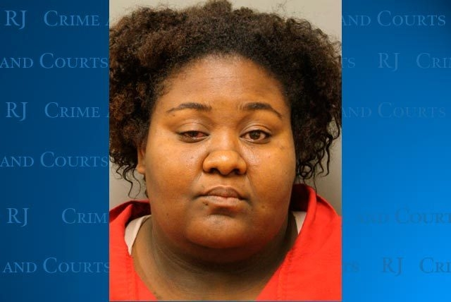 Clark County prosecutors are trying to revoke Juanita Carr's probation. Court documents indicate Carr encouraged two of her daughters to get into fistfights in a recent incident. Carr is accused o ...