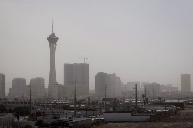 A dust advisory has been issued through Saturday afternoon for the Las Vegas Valley. (Jessica Ebelhar/Las Vegas Review-Journal)